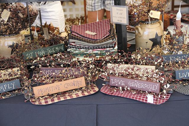 Larac Autumn Craft Sale